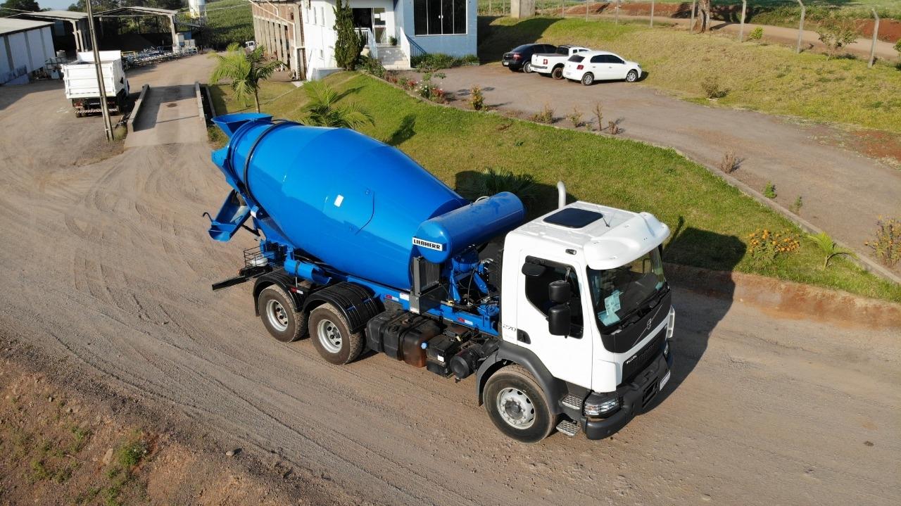 Aquisição caminhão betoneira VM270